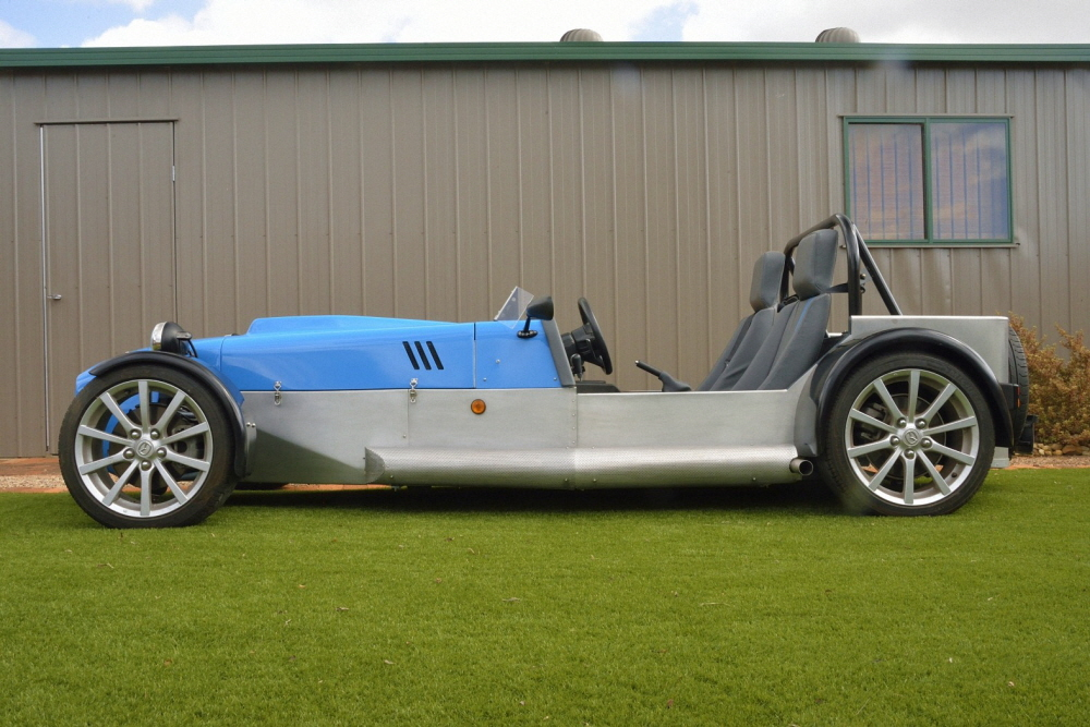Locost clubman sports car